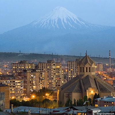 Полиция Армении задержала в Ереване 80 участников противников избрания Сержа Саргсяна