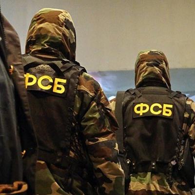 ФСБ провела масштабную операцию по задержанию нелегальных оружейников