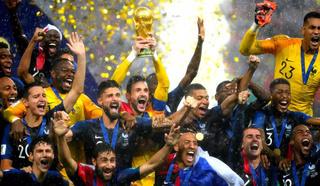 Чемпионы мира по футболу станут кавалерами ордена Почетного легиона