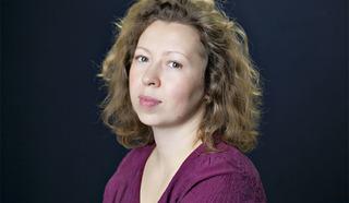 Ася Злаказова - поэтесса, композитор, певица