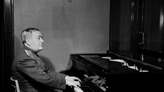Александр Александров, 1945  / Väinö Kannisto / Helsingin kaupunginmuseo, CC BY 4.0