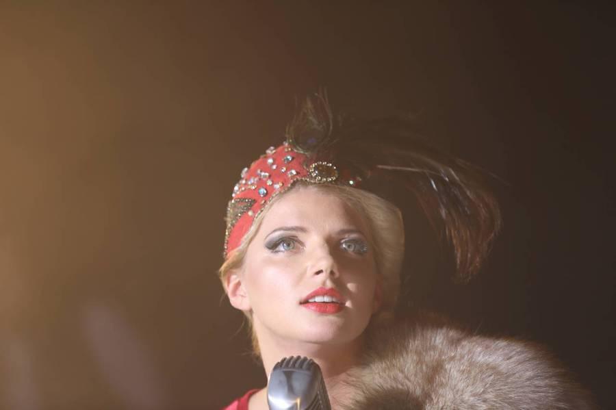 Королева красоты песни сериал