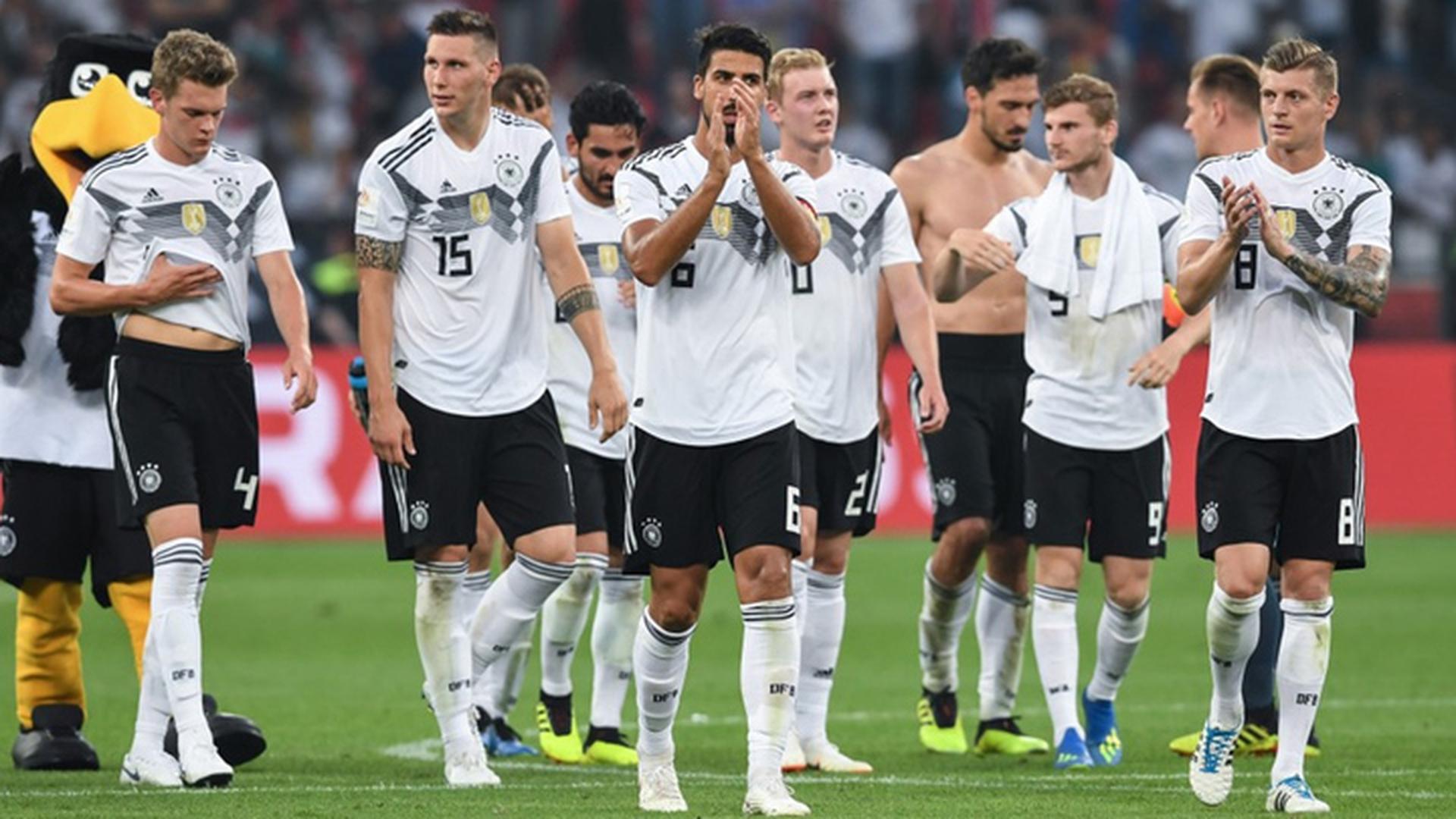 Озил и Хедира не попали в стартовый состав сборной Германии на матч со шведами