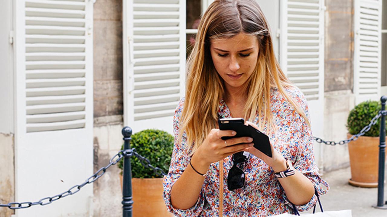 МТС начнет торговать мобильные телефоны поподписке