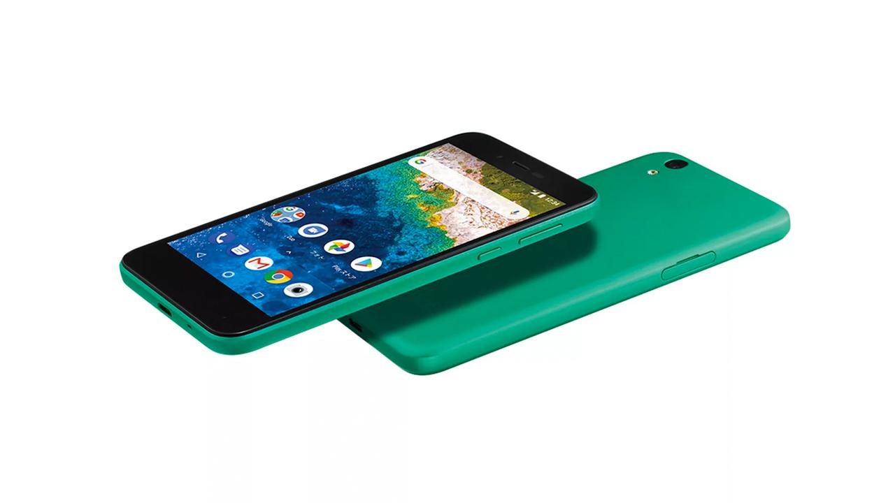 Sharp анонсировала новый дешевый смартфон Aquos S3