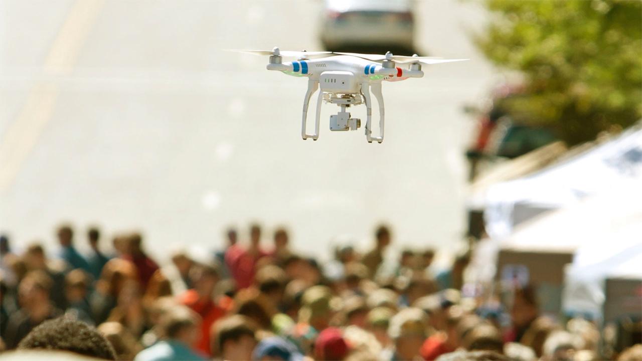 Дрон с искусственным интеллектом поможет предотвращать беспорядки