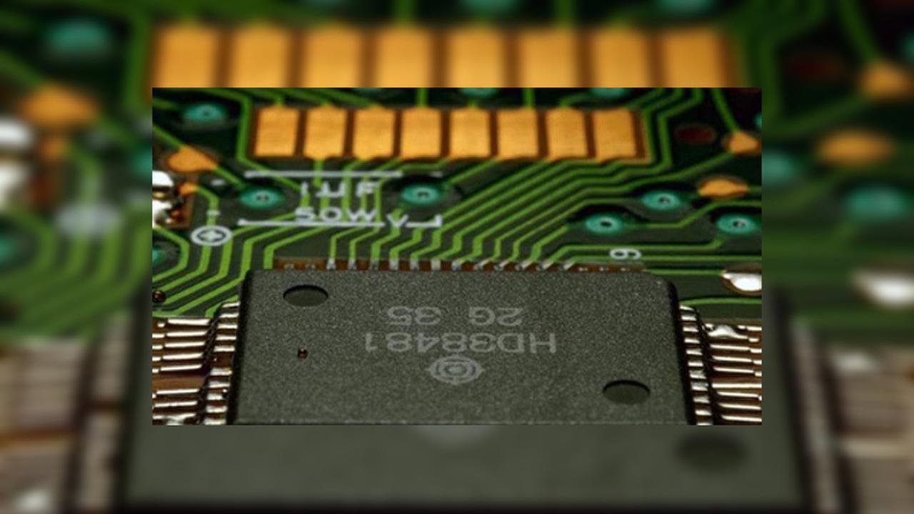 Электроника научится чиниться сама