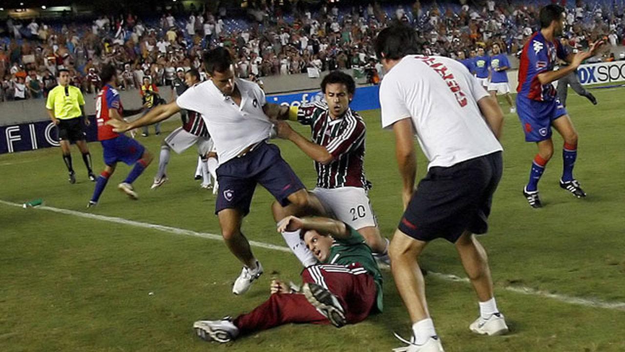 Французские ученые отмечают рост насилия в спорте