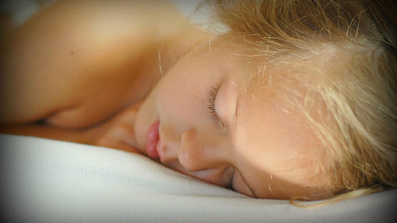 Недостаток сна может способствовать развитию злокачественных опухолей