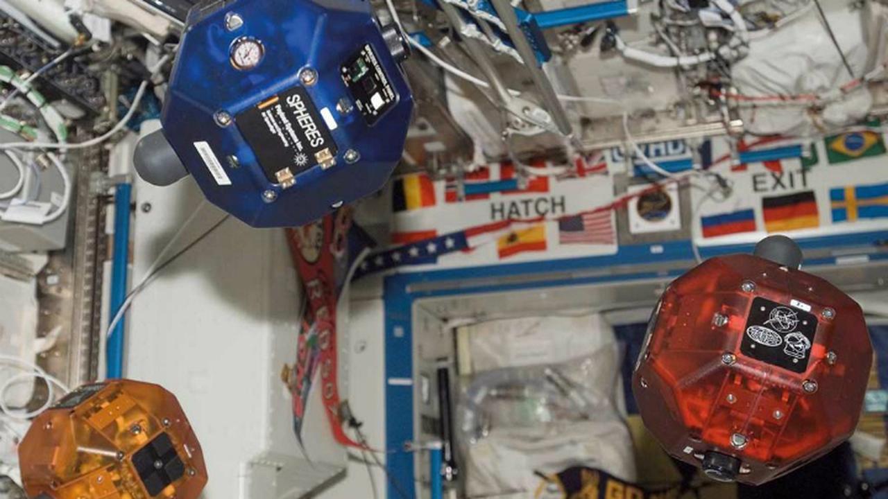 Роботы-сферы будут охотиться за космическим мусором