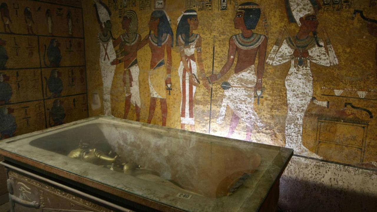 В гробнице Тутанхамона есть тайные комнаты?