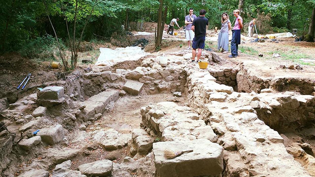 Редчайшая находка: надпись на камне поможет разгадать тайны этрусской цивилизации?