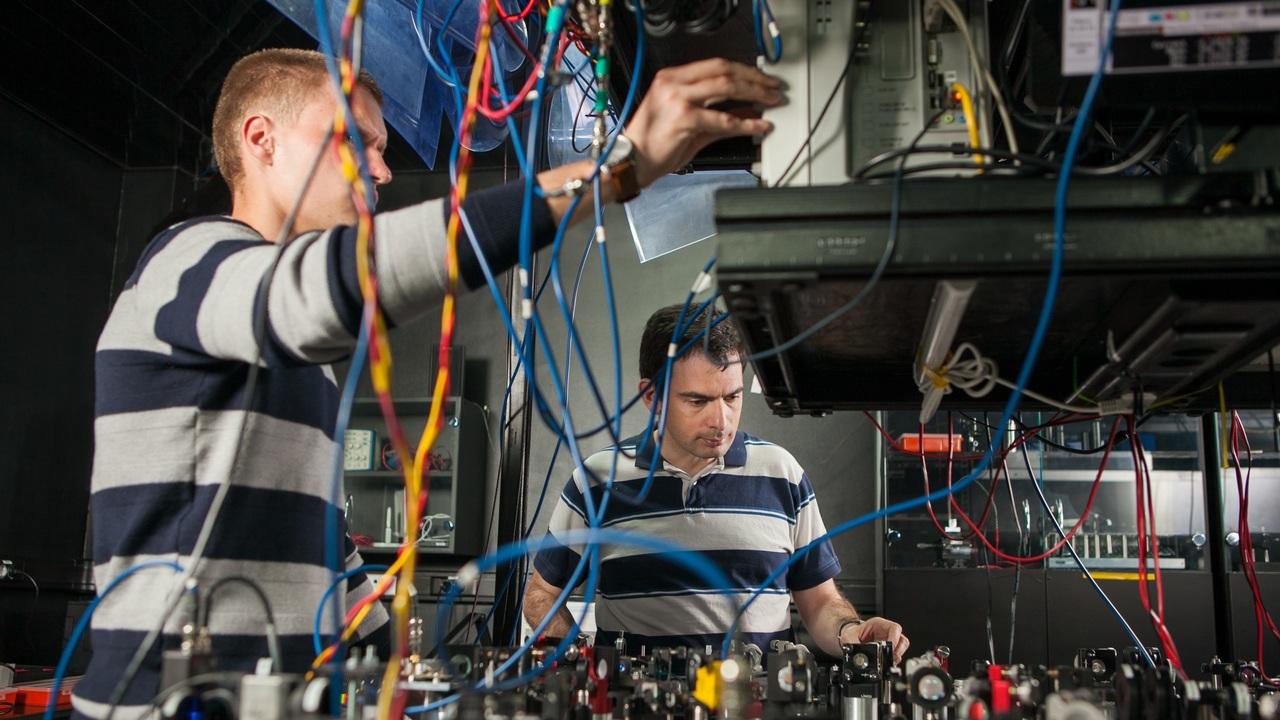 """Новая """"квантовая линейка"""" измерит расстояние с точностью до миллиардных долей метра"""