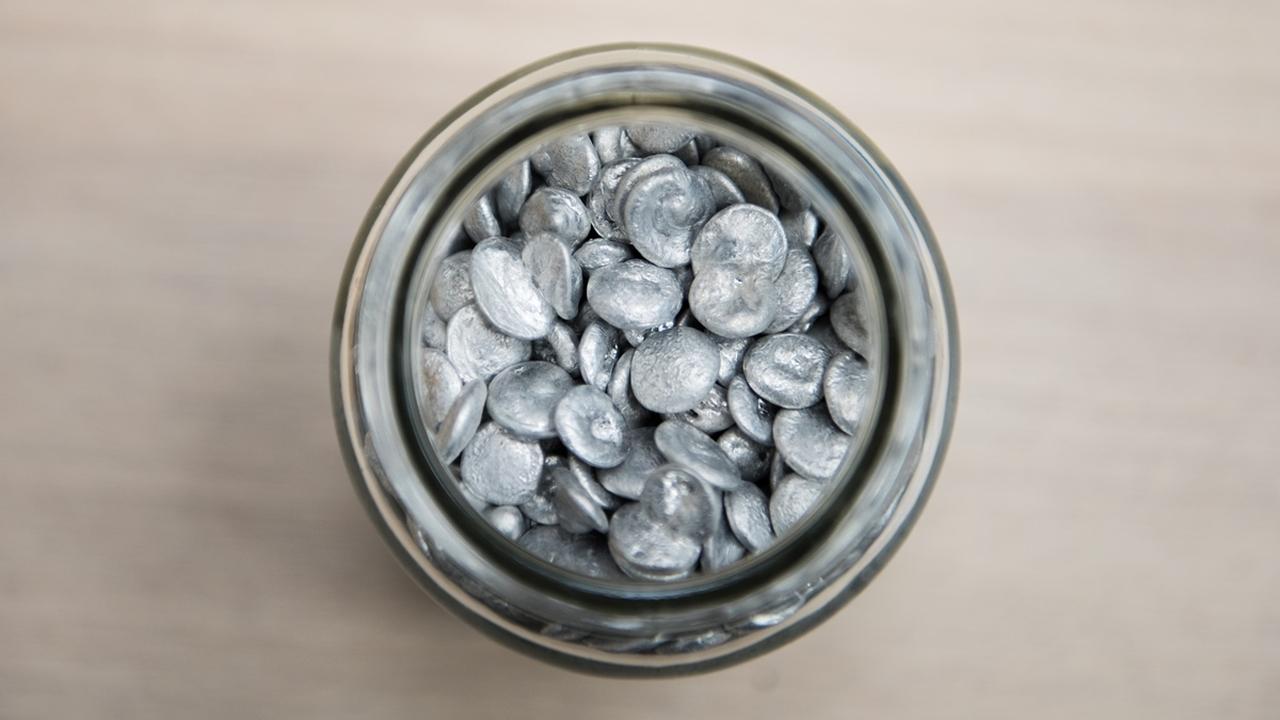 Заправить машину банкой из-под газировки: в России начнут получать водородное топливо из отходов алюминия