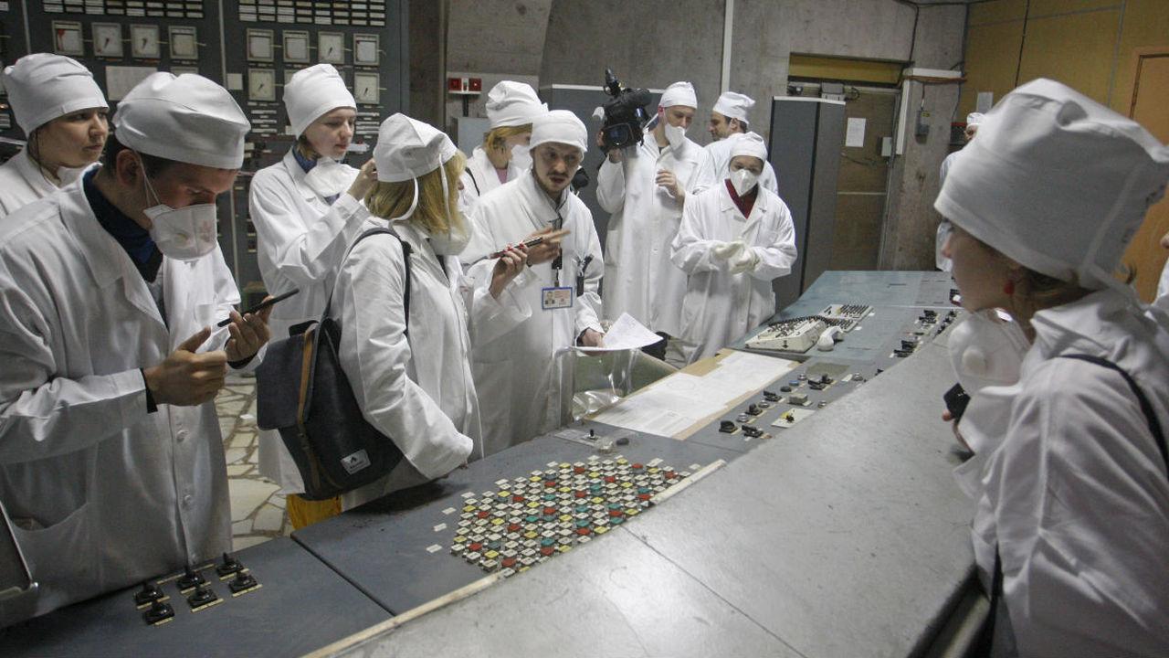 Созданные химиками СПбГУ нанотрубки из урана спасут мир от рака и ядерных отходов