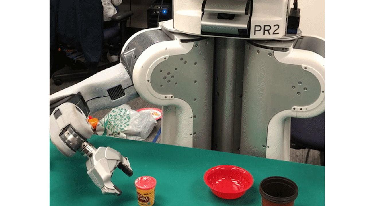 Робот научился имитировать действие человека после одного просмотра видео