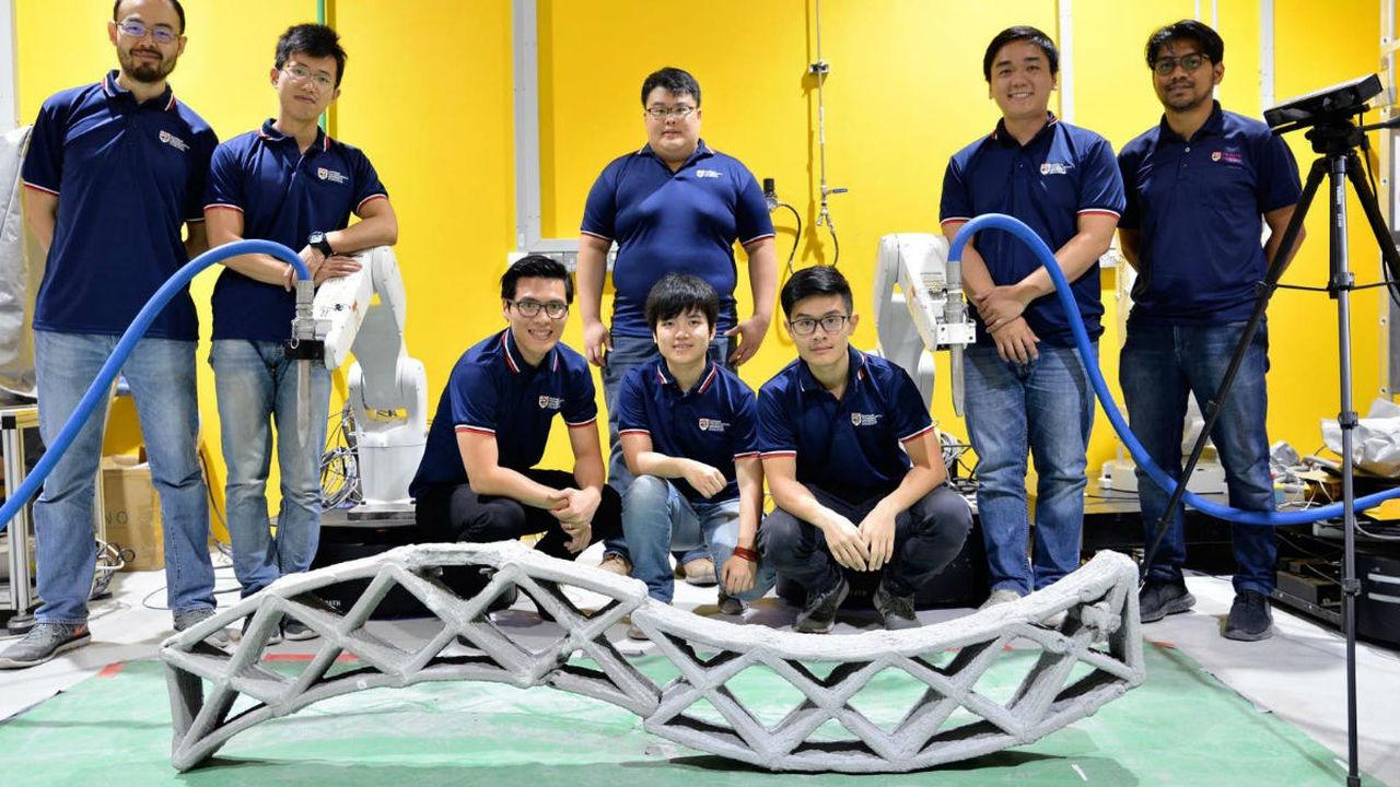Слаженная работа: несколько роботов в унисон печатают бетонные конструкции