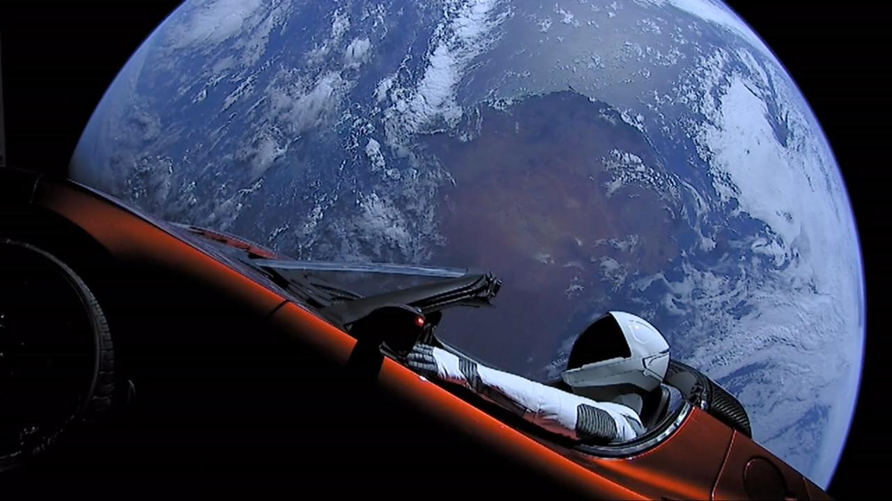 Представлены самые эффектные космические фотографии года