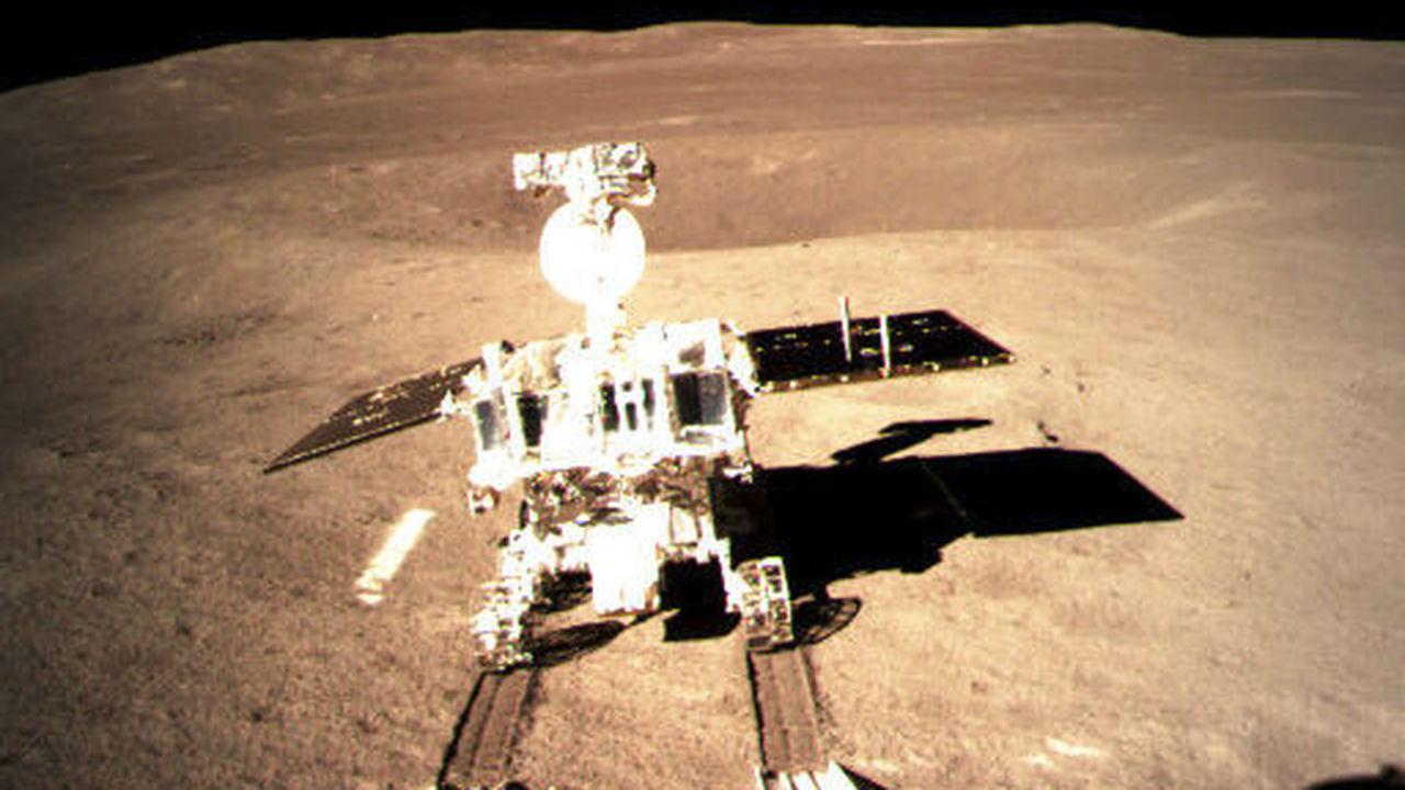 Китайский луноход начал путешествие по обратной стороне Луны