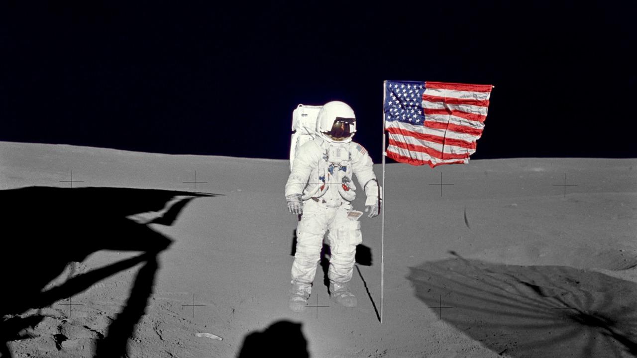 Привезённый астронавтами лунный грунт мог образоваться на Земле