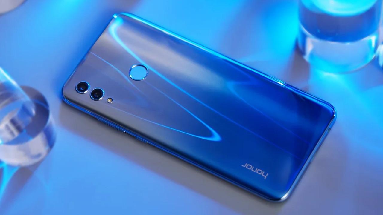 Huawei представила преемника популярного смартфона Honor 9 Lite