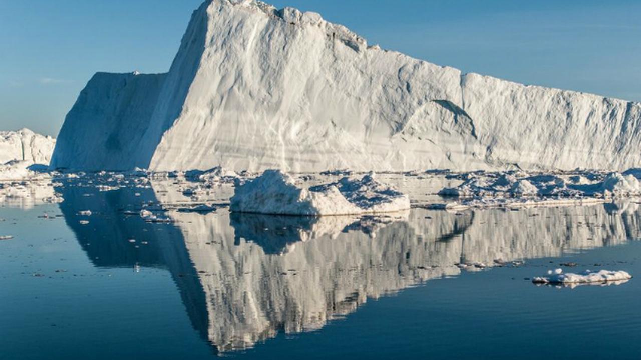 Сколько их там? Подо льдом Гренландии нашли ещё один метеоритный кратер