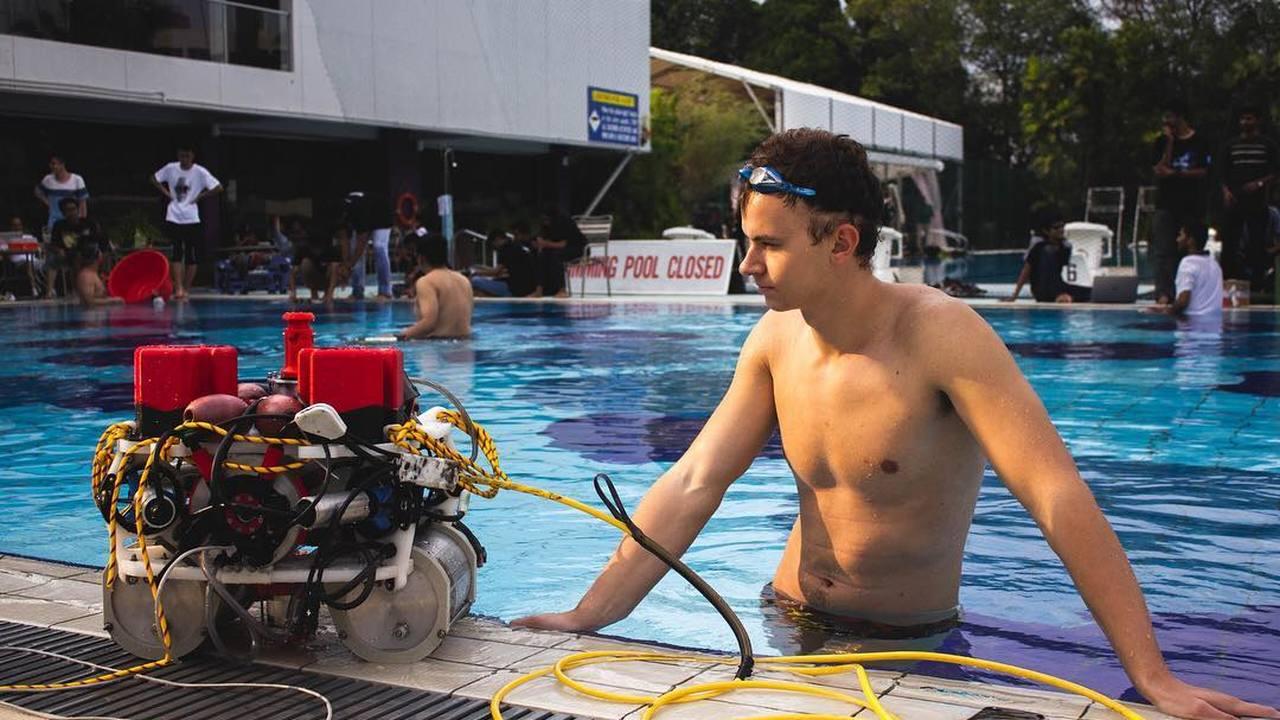 Команда из России победила на международном чемпионате по подводной робототехнике