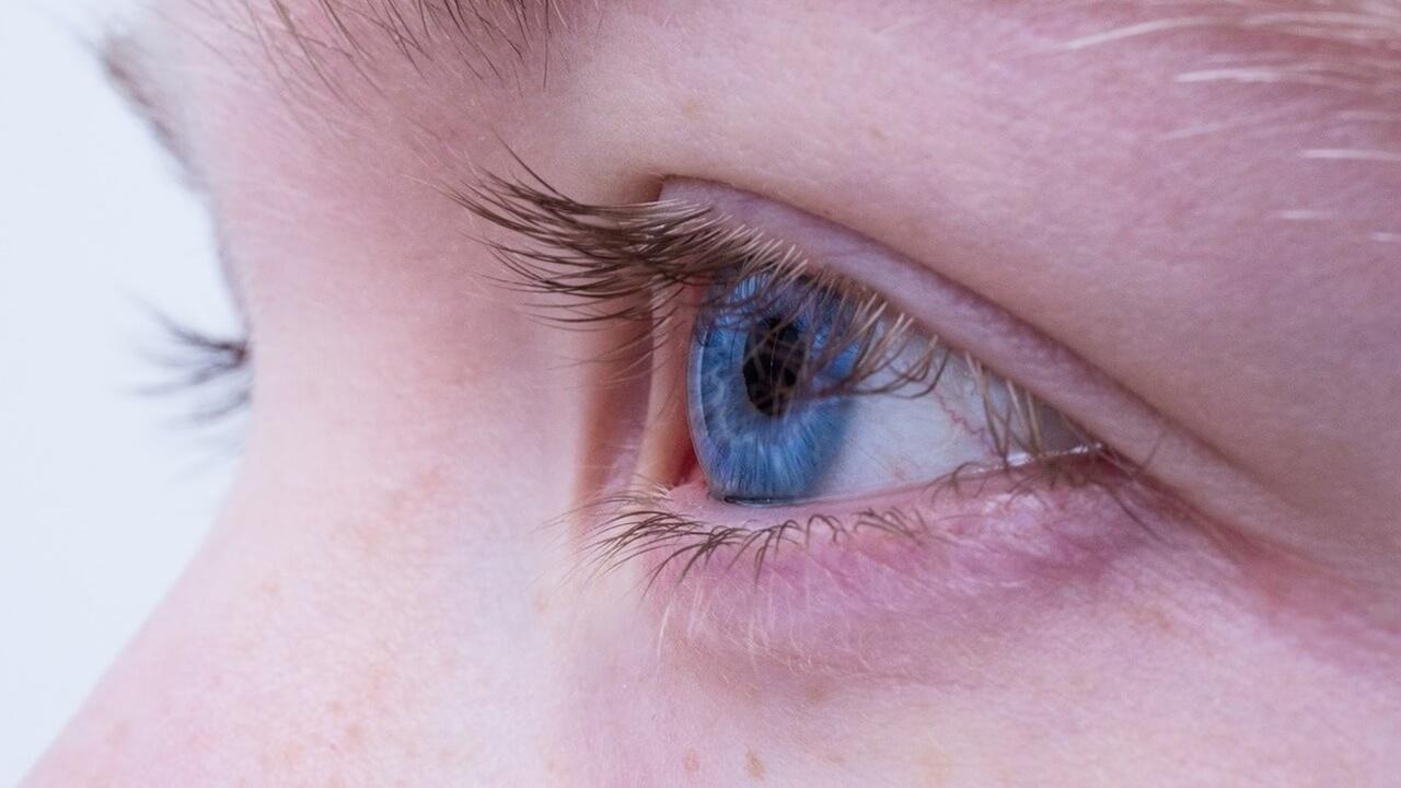 """Новый гель """"запечатывает"""" раны на поверхности глаза и срастается с его клетками"""