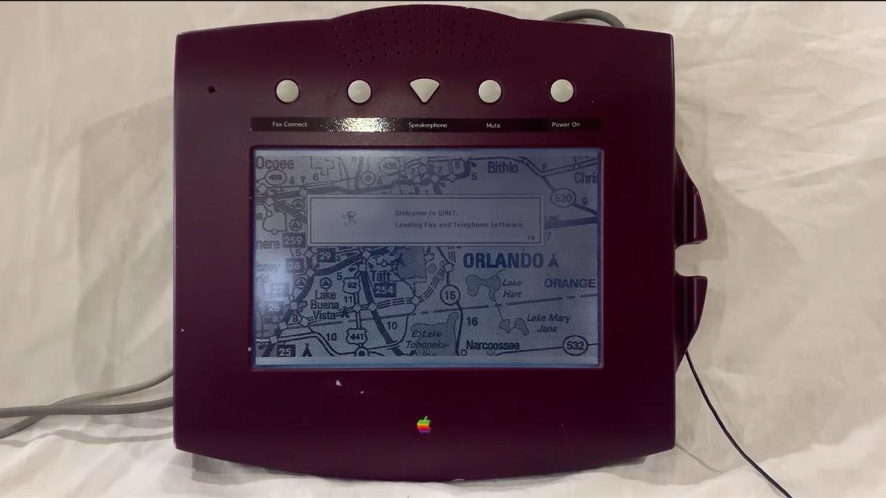 Видео: самый первый телефон Apple 1993 года