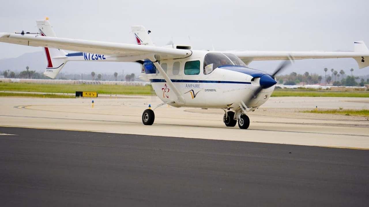 В воздух поднялся самый вместительный самолёт с электрическим двигателем