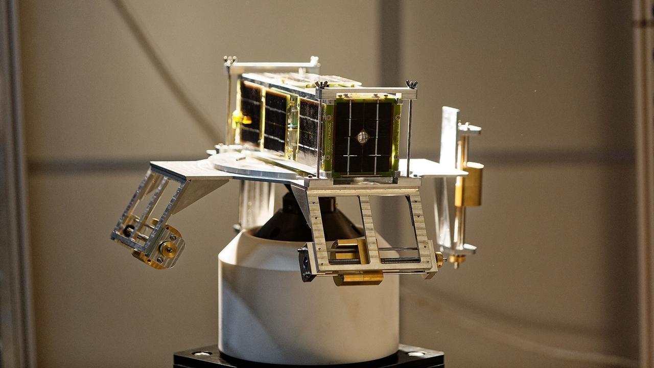 В ДВФУ создают самоуничтожающийся кубсат с солнечным парусом
