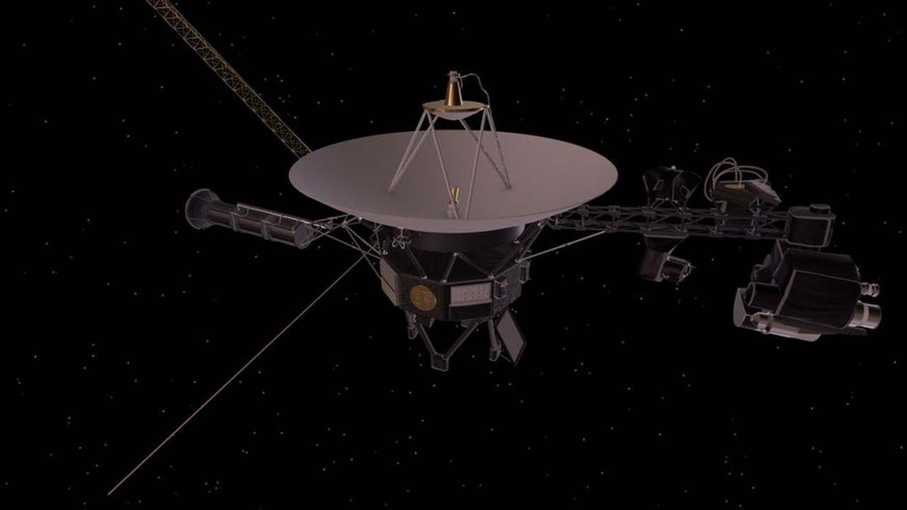 """Спустя 42 года после запуска в НАСА придумали, как продлить миссию """"Вояджер-2"""" ещё на шесть лет"""