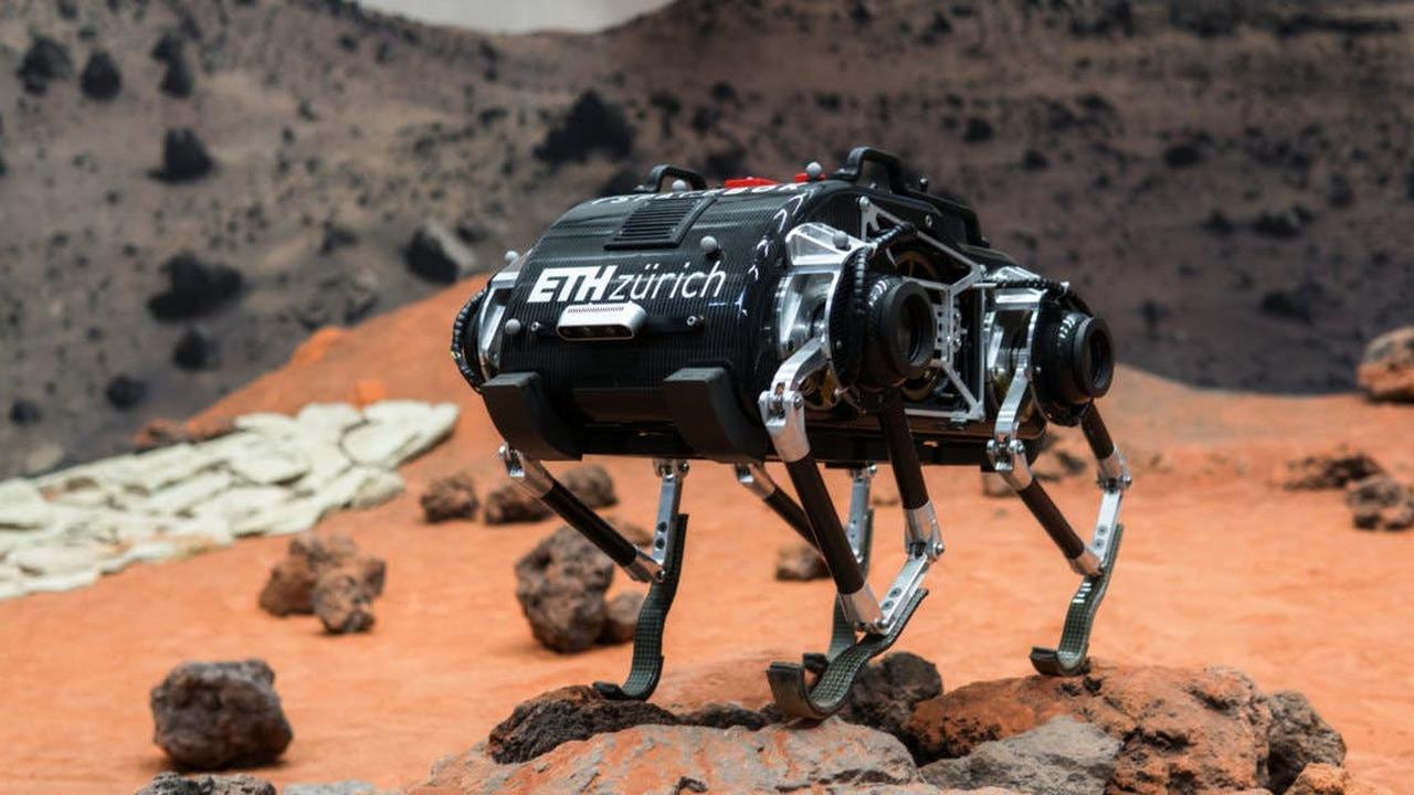 Швейцарский робот-попрыгун сможет освоить Марс, Луну и астероиды