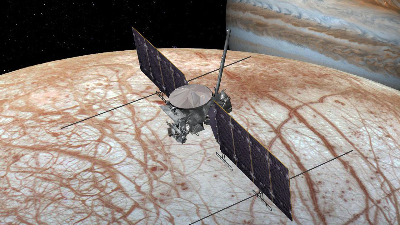НАСА утвердило миссию Europa Clipper по поиску жизни на спутнике Юпитера