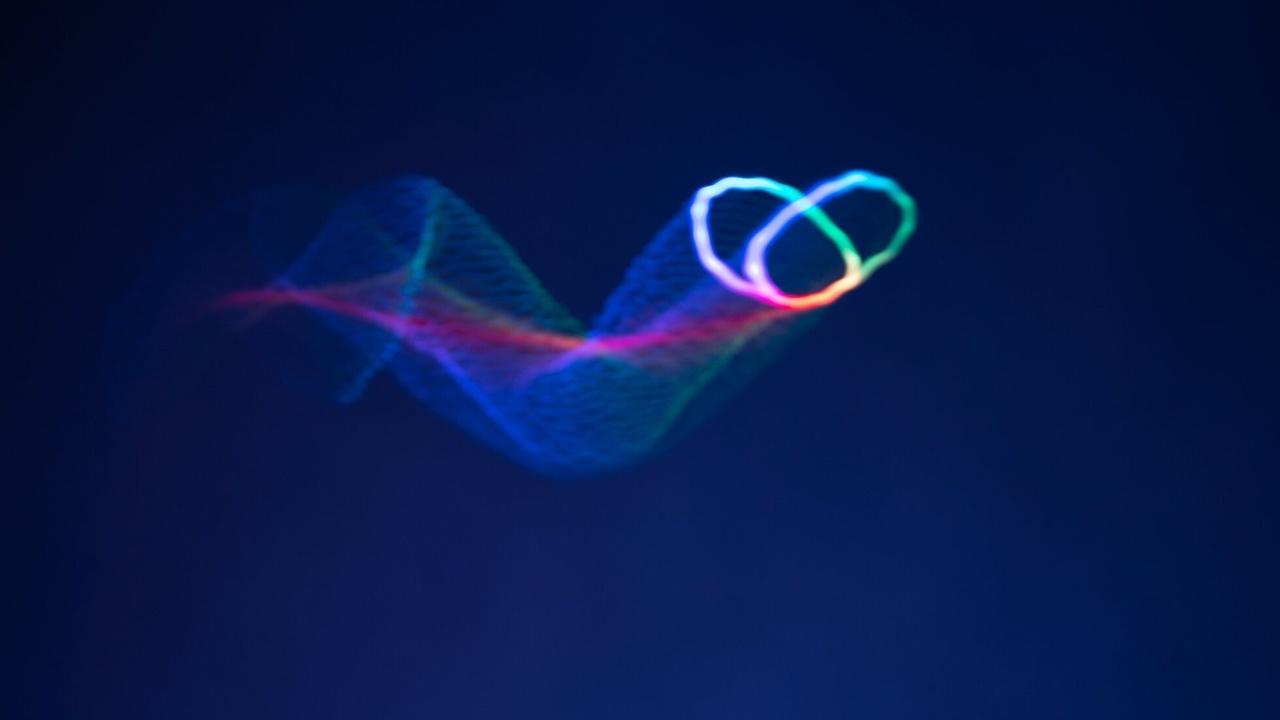 Новые ультразвуковые голограммы можно услышать и потрогать
