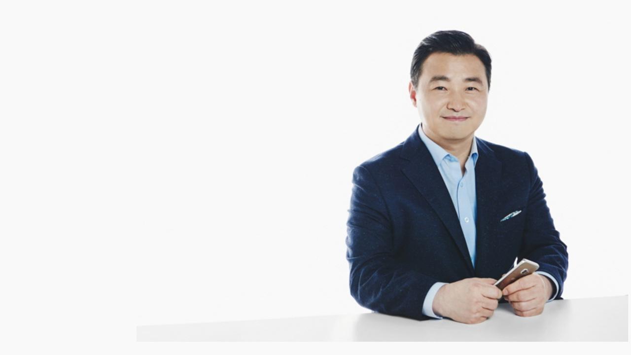 Samsung сменила руководителя смартфонного подразделения
