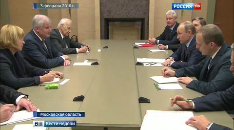 Путин встретил Зеехофера и Штойбера с восхищением