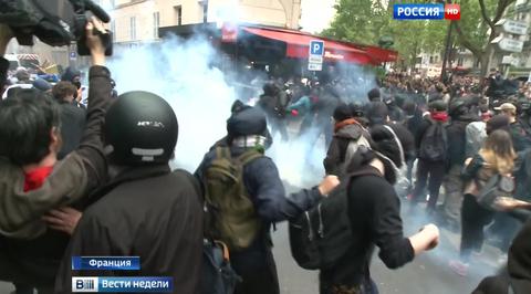 Французы: Олланд предал нас и пытается заткнуть