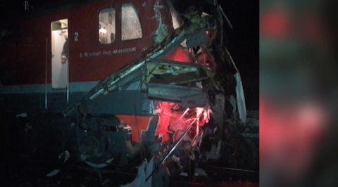 Число жертв столкновения поезда и автобуса под Покровом выросло до 19