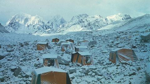 Рэгтайм, или Разорванное время. Эверест 82
