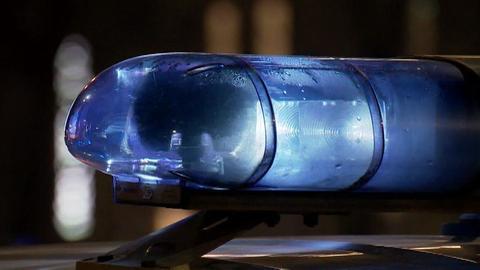 Полицейский на служебной машине сбил несовершеннолетнюю