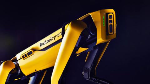 """Робопса Boston Dynamics """"трудоустроили"""" на завод KIA"""