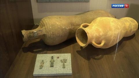 Пряничный домик. Возле Великой Абхазской стены