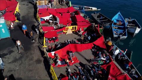 Нелегалы разбегаются по зараженной Европе