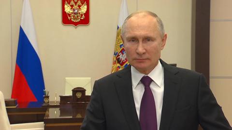 Путин: правительство прошло год достойно