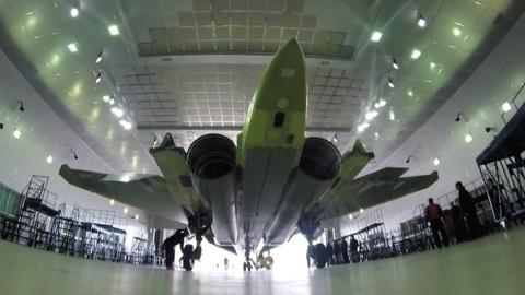 """Новости на """"России 24"""". Сверхманевренный и вооруженный до зубов: Су-35 стал настоящим прорывом"""