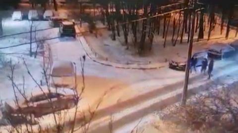 Вести. В Петербурге задержан водитель, обстрелявший пешехода из травмата