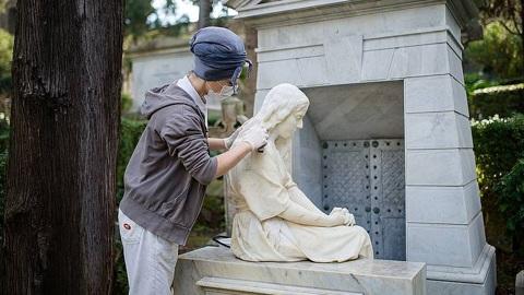На кладбище в Риме отреставрировали могилы Брюллова и Оболенской