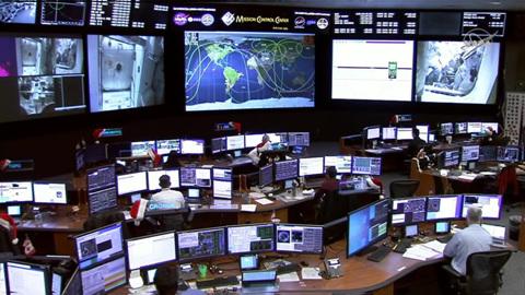 """Новости на """"России 24"""". На МКС отключилась система кондиционирования: экипажу ничто не угрожает"""