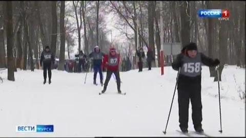 Вести-Курск. В Курске прошла лыжная гонка среди спасателей